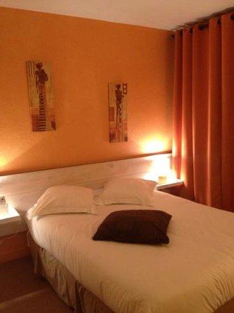 Hotel Medieval: avri 2013