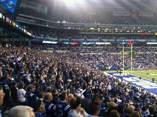 Lucas Oil Stadium: Packed house!