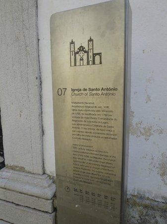 Église Saint-Antoine (Igreja de Santo Antonio) : Sign near entrance