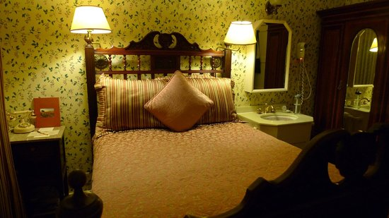 Mendocino Hotel and Garden Suites: vintage charm