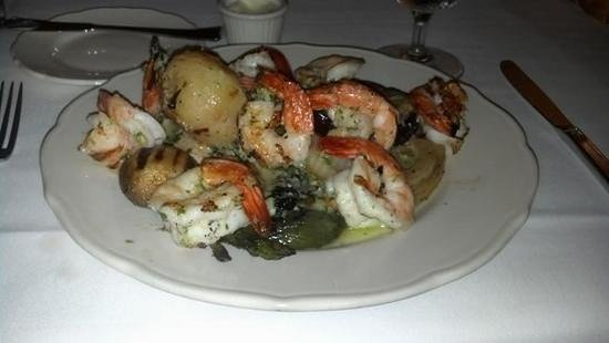Maison Lacour French Restaurant : Grilled shrimp and vegetables