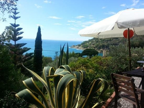 Hotel Villa Belvedere: postcard beautiful veranda view