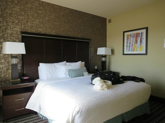 Embassy Suites by Hilton Salt Lake/West Valley City: Bedroom