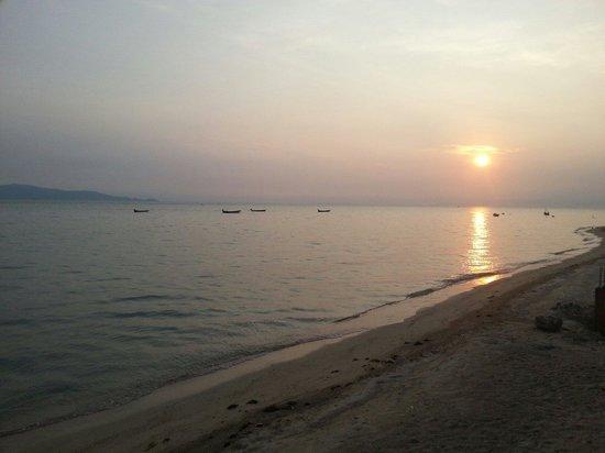Chantaramas Resort & Spa: Sunset Beach