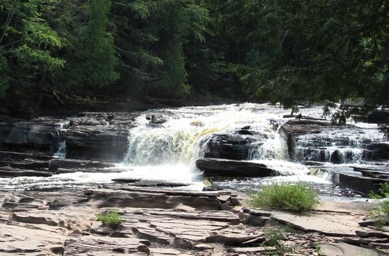 Presque Isle River: One of three waterfalls along the trail