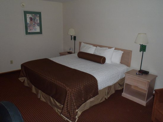 BEST WESTERN Harbour Pointe Lakefront: bed