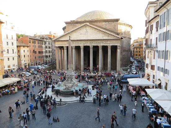 Albergo del Sole Al Pantheon: Balcony View from Diplomatic Suite
