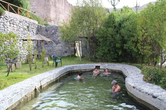 Hotel El Refugio: Bain thermal non couvert