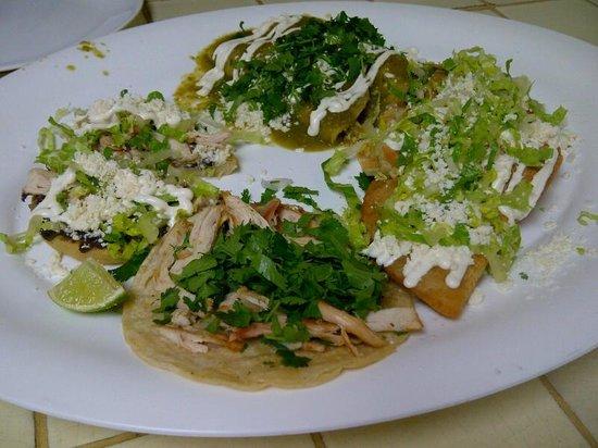 Fiesta Mexicana : Sampler Platter