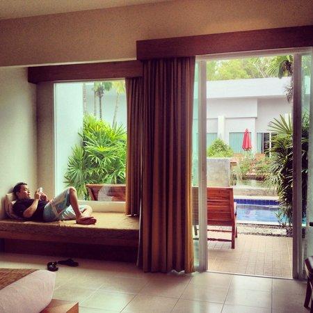 Kata Lucky Villa & Pool Access: Pool access room
