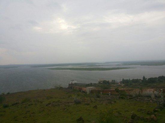 Ahmadnagar, Índia: Mula dam