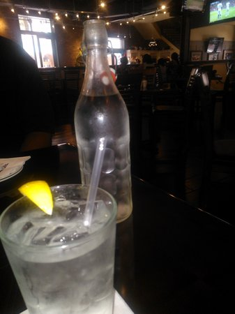 Manning's: Water for table