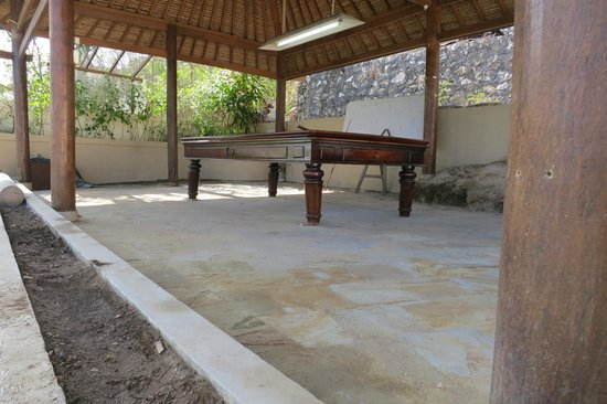 Coconuts Beach Resort: Family games room