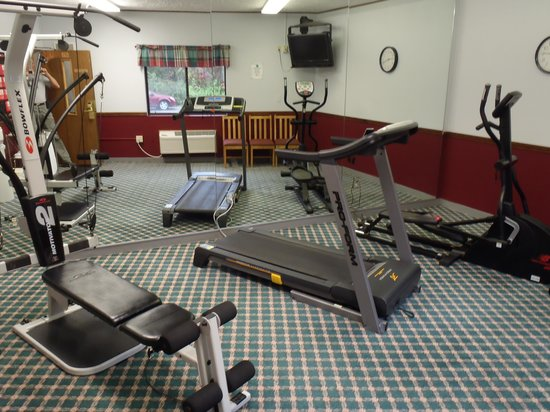 Comfort Inn: workout room