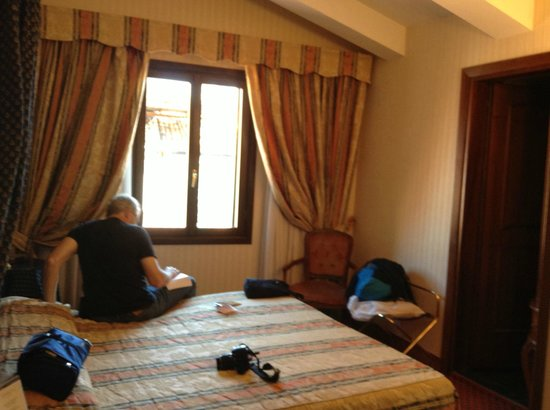 Kette Hotel: Room