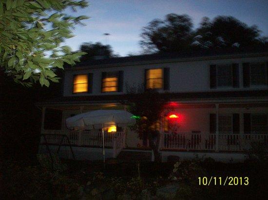 Niagara Guest House B&B : b & b