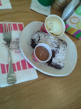 Yarra Valley Chocolaterie & Ice Creamery: The brownie