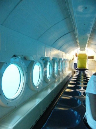 Atlantis Submarines Barbados: Submarine Inside   Not For Those Who Is  Afraid Of Small Spaces