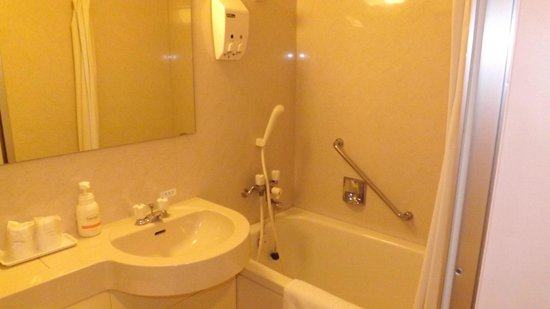 Hotel Okhotsk Palace: 浴室