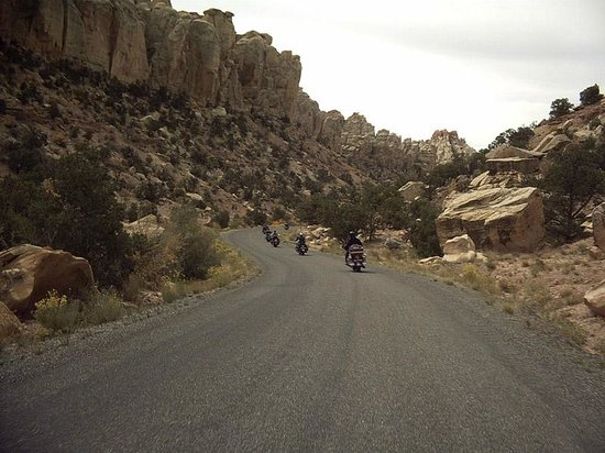 Big Shots Motorcycle Tours- Day Tours: Bryce Canyon guided motorcycle tour