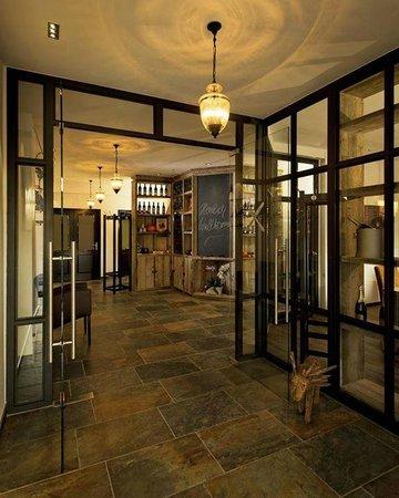 De 10 b sta restaurangerna i n rheten av hotel for Airfield hotel ganderkesee