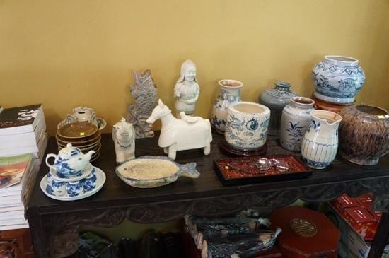 Thanh Chuong Viet Palace: предметы декора