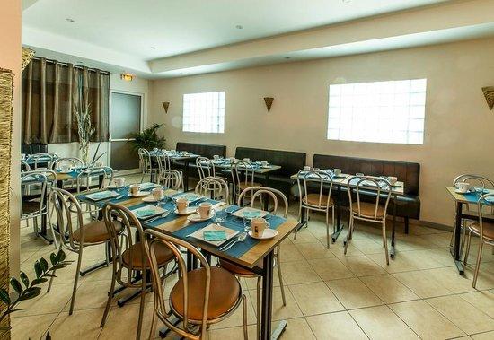 Hotel Esprit d'Azur: Lo spazio per la prima colazione