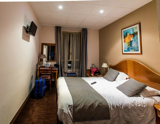 Hotel Esprit d'Azur: La camera al primo piano