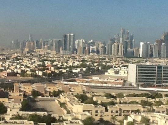 Ramada Chelsea Al Barsha: vista piscina