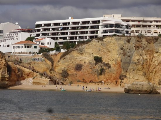 Carvi Beach Hotel Algarve: Carvi Hotel is to the left of this one.
