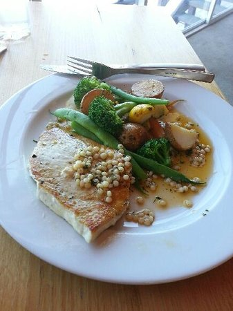 The Jaaning Tree: Swordfish main- melt in your mouth!