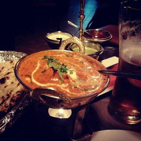 Indus Tandoor Restaurant : Butter chicken