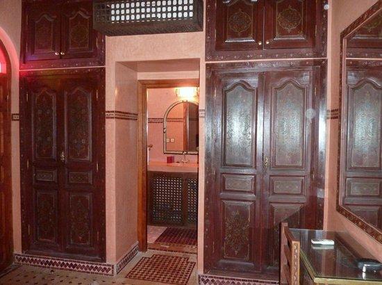 Riad Bab Agnaou : chambre