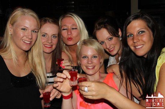Nightlife Pub Crawl Koln: Nightlife Pub Crawl in Köln