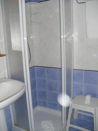 Perla Hotel : Bagno pulitissimo