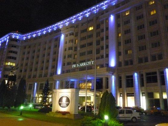 JW Marriott Bucharest Grand Hotel: Night view