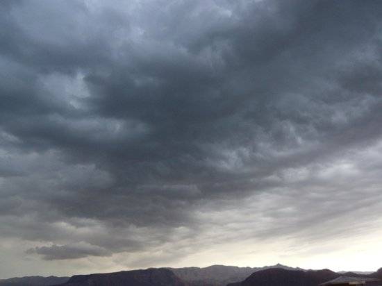 Lake Mead RV Village: Storm coming