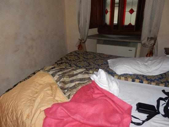 Hotel Mario's: chambre