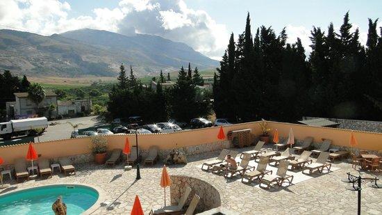 Hotel Ciuri di Badia: veduta interno hotel