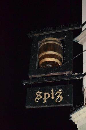 Absynt Hostel: SPIZ-пивоварня