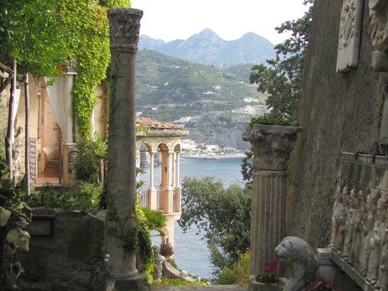 Villa Scarpariello Relais : L'entrée en majesté de l'hotel