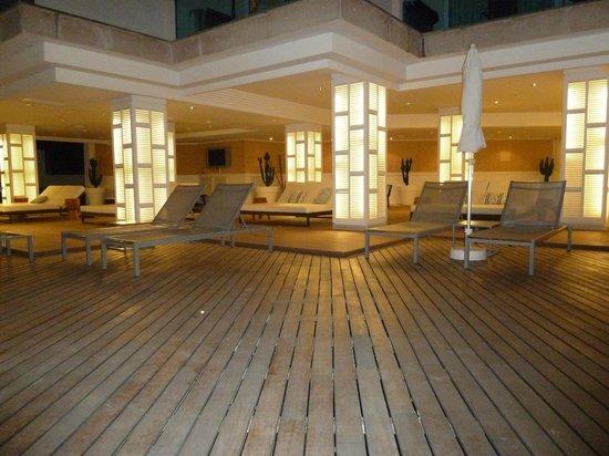 H10 Blue Mar Boutique Hotel: Pool area