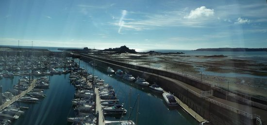 Radisson Blu Waterfront Hotel, Jersey: View from room