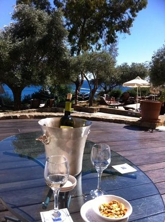 SENTIDO Thalassa Coral Bay: lunch on the terrace - a small corner of luxury