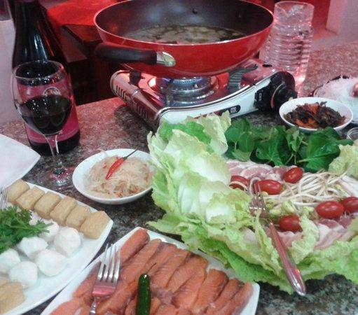 """Swiss Italian Restaurant Cebu: The Swiss Italian """"Fondue Chinoise"""""""