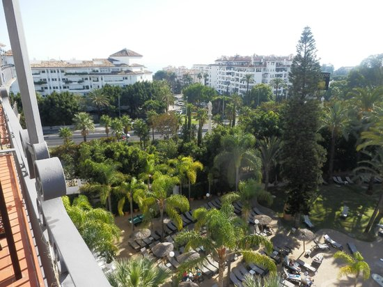 H10 Andalucia Plaza : view from room