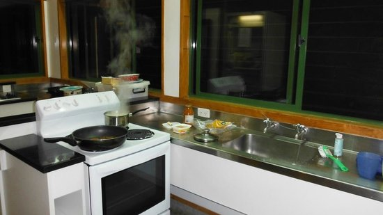 Rotorua Thermal Holiday Park: one of the kitchen spaces