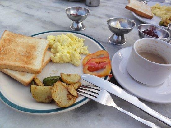 Hotel Pleasure Home: 美味しい朝食