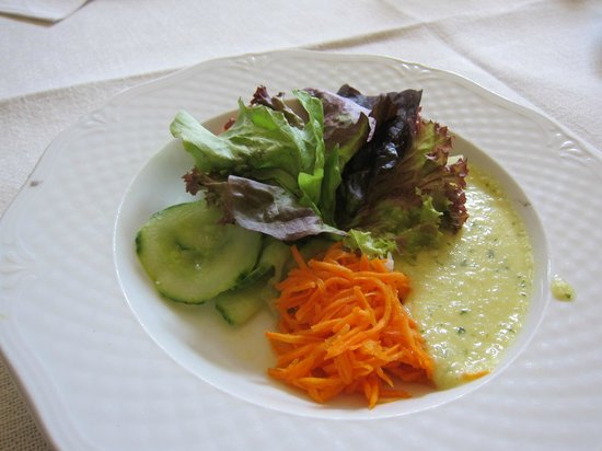 Scheiners am Dom: chreiners am Dom ・・・嬉しいサラダは美味しかった