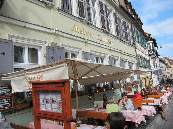 Scheiners am Dom: chreiners am Dom ・・・お店全景オープンカフエも有り